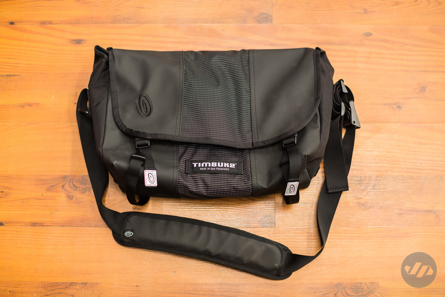 In Addition The New Classic Messenger Is Available Timbuk2 S Custom Bag