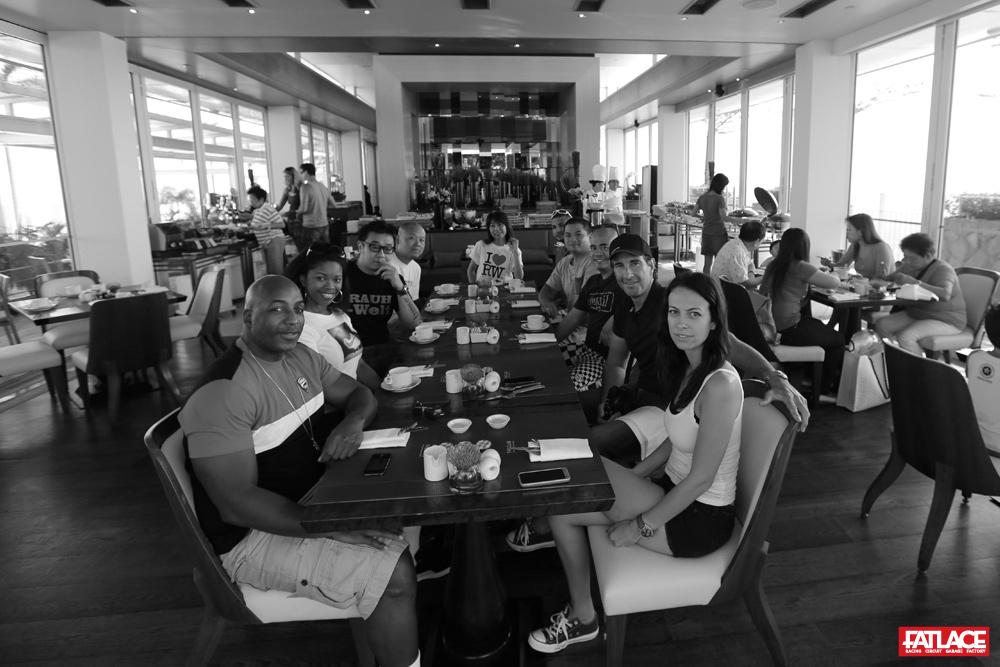 F1_quali_singapore_1_breakfast