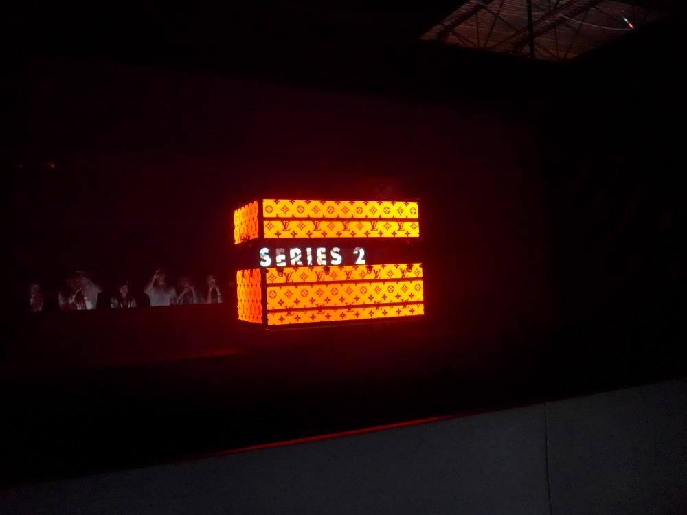 L1000684
