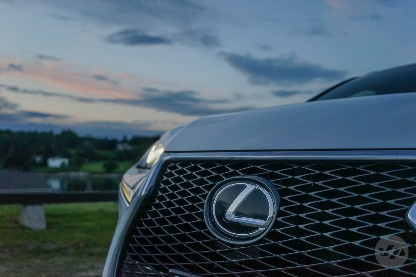 2015_Lexus_NX_200t_F_SPORT_14