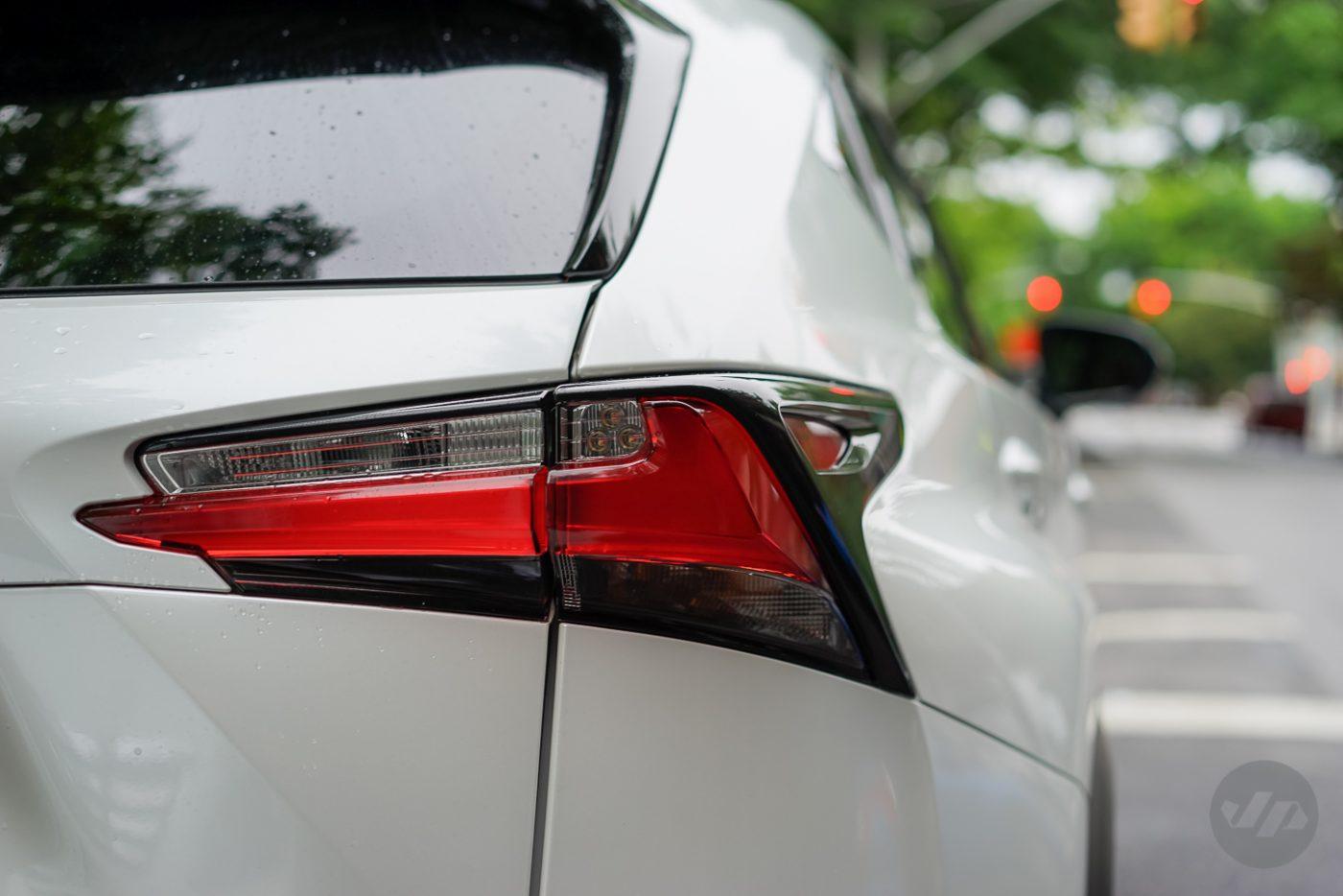 2015_Lexus_NX_200t_F_SPORT_9