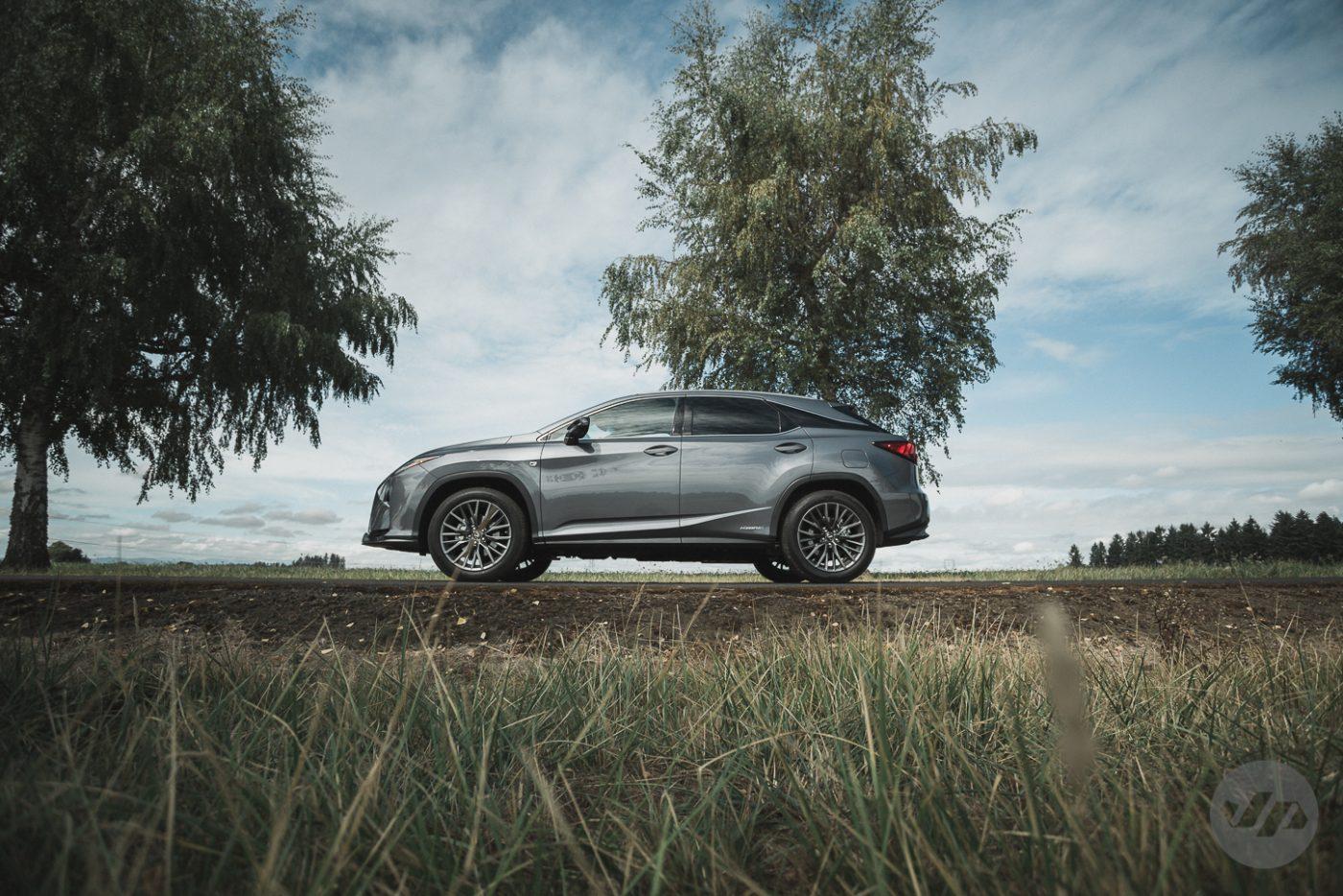 2016-Lexus-RX450-JP20