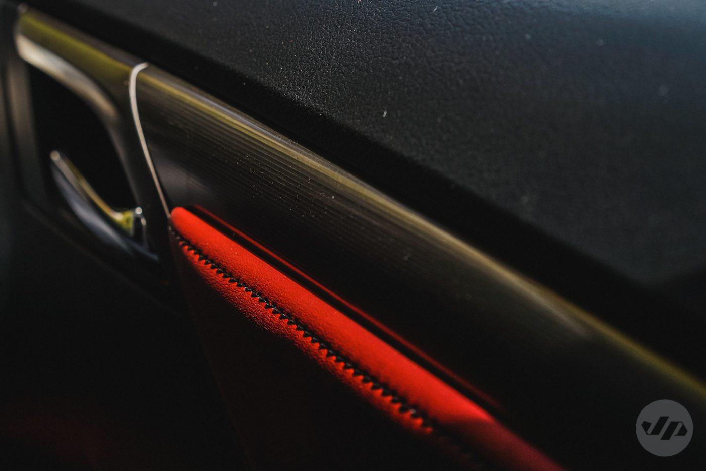 2016-Lexus-RX450-JP6