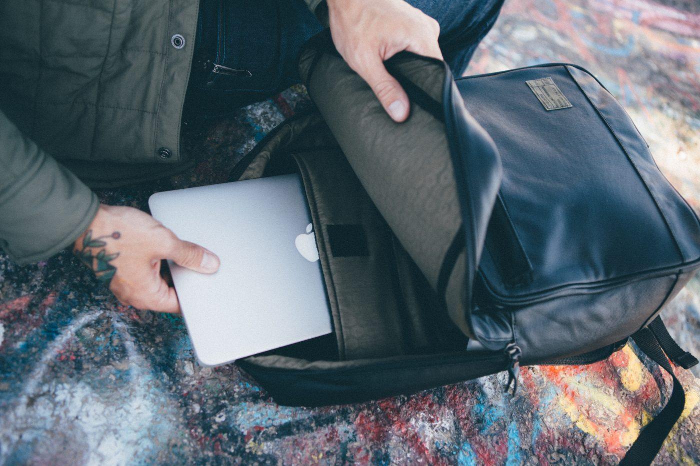 HEX-Calibre-08-Black-Origin-Backpack-Detail