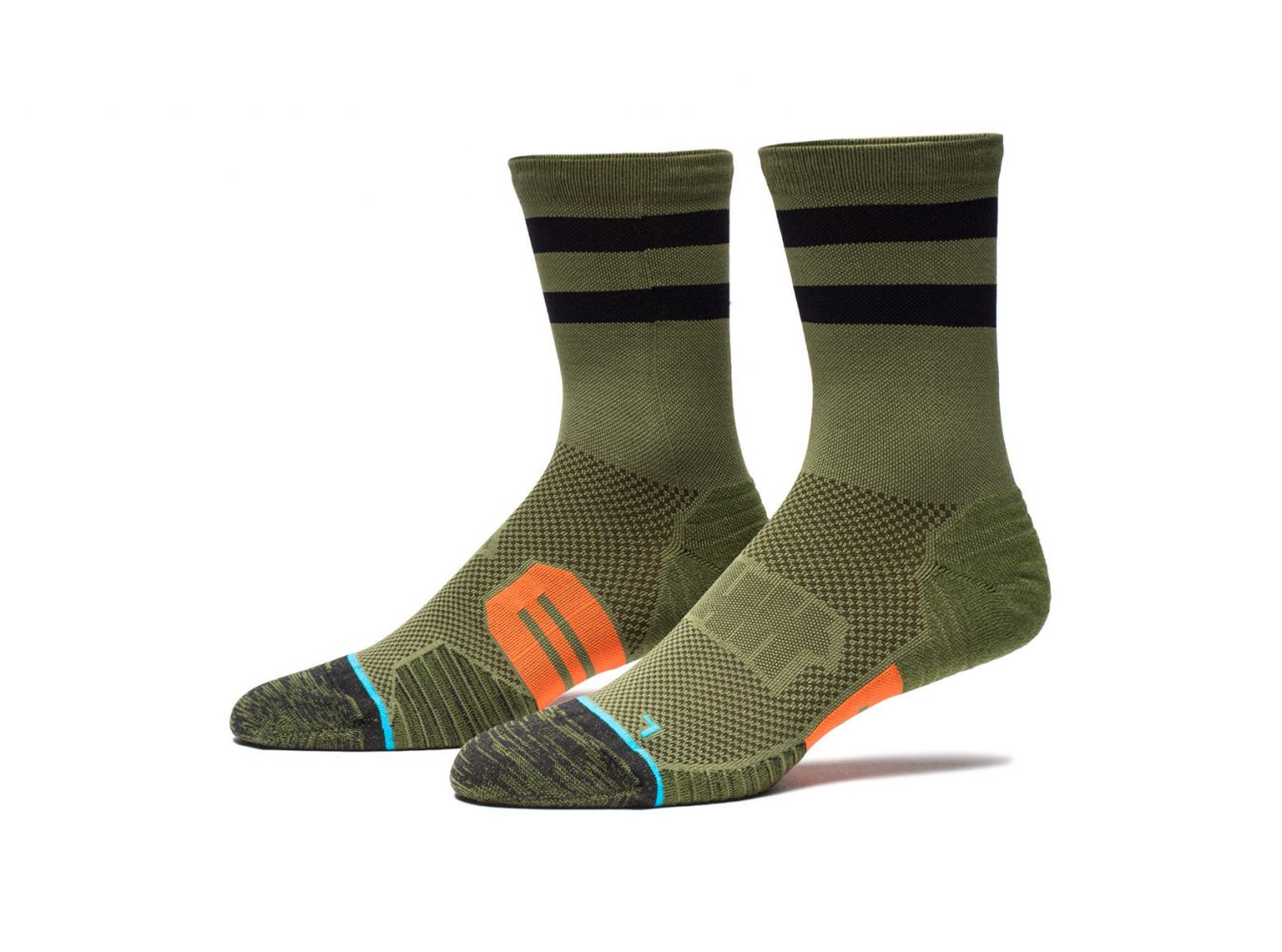 apparel_socks_undftdxstance_undefeated-stance-fusion-run-crew-sock_m446d15uno.view_1.color_olive