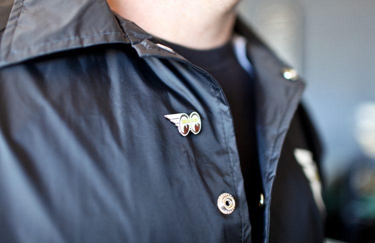 Mooneyes pin