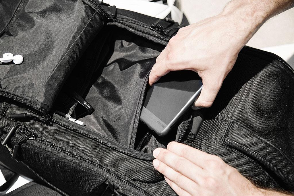 LE_SportFieldBag_accessorypocket