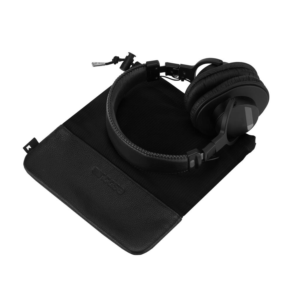 incase-x-kaskade-headphone-case